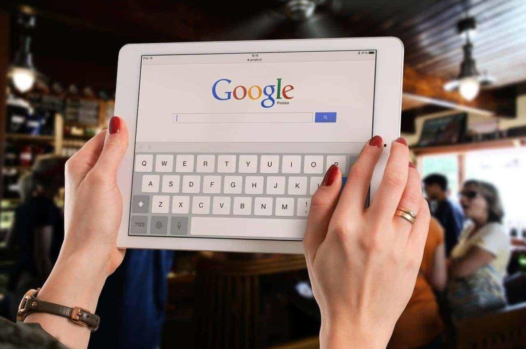 Hvordan får jeg min hjemmeside vist på Google